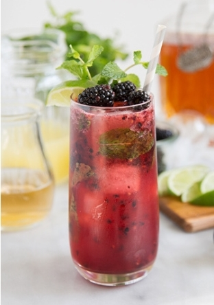 blackberry-bourbon-fizz-crop
